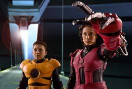 photo 4/13 - Alexa Vega, Daryl Sabara - Mission 3D - Spy Kids 3