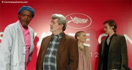 photo 18/30 - Samuel L. Jackson, George Lucas, Natalie Portman et Hayden Christensen (Cannes - 15/05/2005) - Star Wars Épisode 3 - La Revanche des Sith