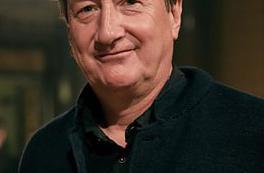 Steven Knight prépare une série d'anthologie pour la BBC
