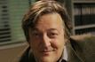 Stephen Fry incarnera le frère de Sherlock Holmes