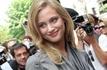 Nora Arnezeder rejoint Bradley Cooper et Jeremy Irons dans The Words