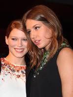 L�a Seydoux et Ad�le Exarchopoulos sont trop copines aux Prix Lumi�res 2014