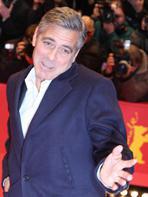 Berlin 2014 : George Clooney joue avec les photographes