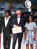 Cannes 2015 : Les Laur�ats prennent la pose !