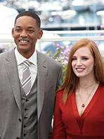 Photocall Jury Cannes 2017 : Jessica Chastain et Will Smith complices sur le tapis rouge