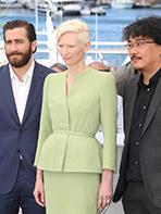 Photocall Cannes 2017 : l'équipe d'Okja pose devant les photographes