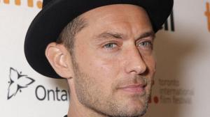 Jude Law devient pape pour la nouvelle s�rie de Canal+