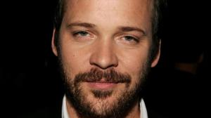Twin Peaks : Peter Sarsgaard s'ajoute au casting !