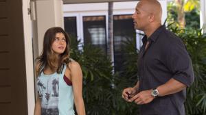 Alexandra Daddario retrouve Dwayne Johnson pour Alerte � Malibu !