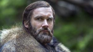 Taken la série : Clive Standen (Vikings) succède à Liam Neeson