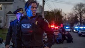 Traque à Boston : Mark Wahlberg sous tension dans le premier extrait