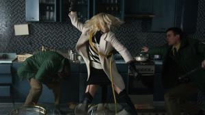 Atomic Blonde : Charlize Theron explose tout dans la nouvelle bande-annonce