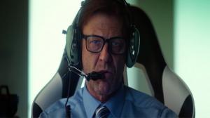 Sean Bean lâche des bombes dans le premier trailer de Drone