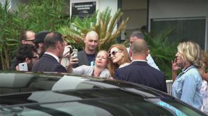 Cannes 2017 : Jessica Chastain toujours très proche de ses fans
