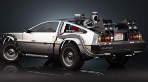Retour Vers le Futur : il roule à 88 miles à l'heure en Dolorean et se fait arrêter