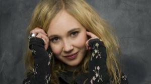 Juno Temple rejoint Claire Foy dans le prochain film de Steven Soderbergh