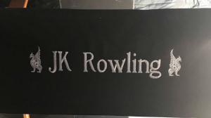 J.K. Rowling surveille de près la suite des Animaux Fantastiques