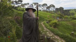 Le Seigneur des Anneaux : Ian McKellen veut reprendre le rôle de Gandalf dans la série