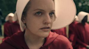 The Handmaid's Tale : Elisabeth Moss se confie sur la saison 2