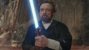 Star Wars 8 : pourquoi Luke se bat avec le sabre laser d'Anakin ?