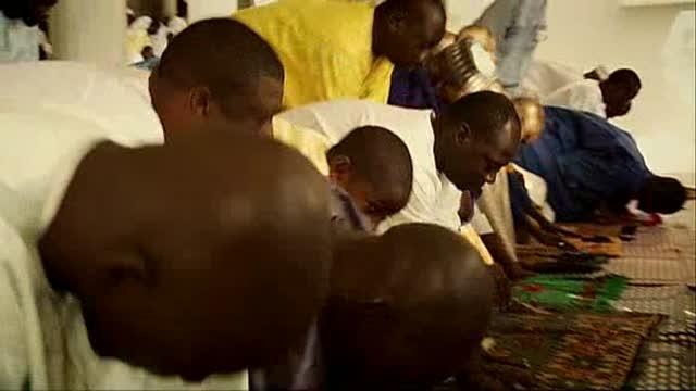 Youssou N'dour : I bring what I love : Sarah Price