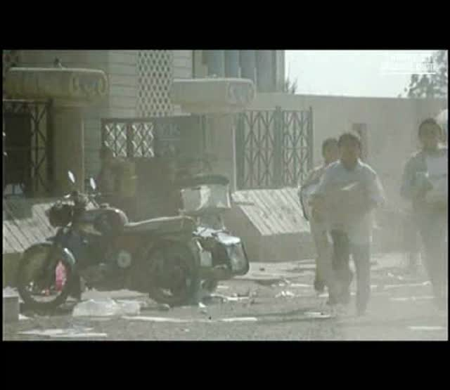 A travers la poussière : Rizgar Sediq