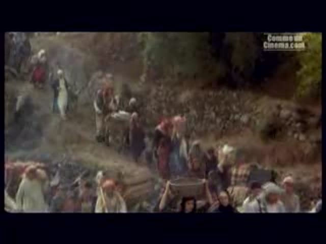 Bande-annonce Saison 2 VO : Revolution