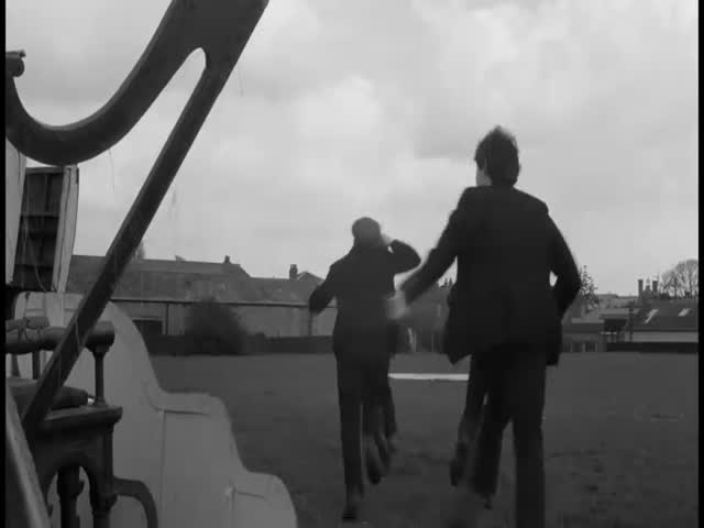 Bande-annonce VOST : A Hard Day's Night
