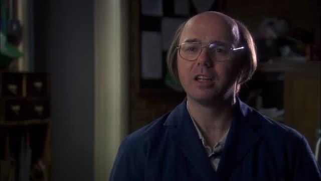 Bande-annonce VO : Derek - Saison 1