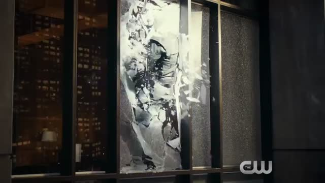 Bande-annonce VO : Legends of Tomorrow - Saison 1