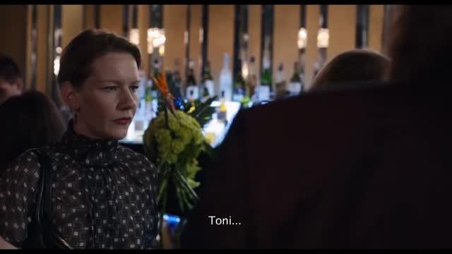 Toni Erdmann : Ingrid Bisu